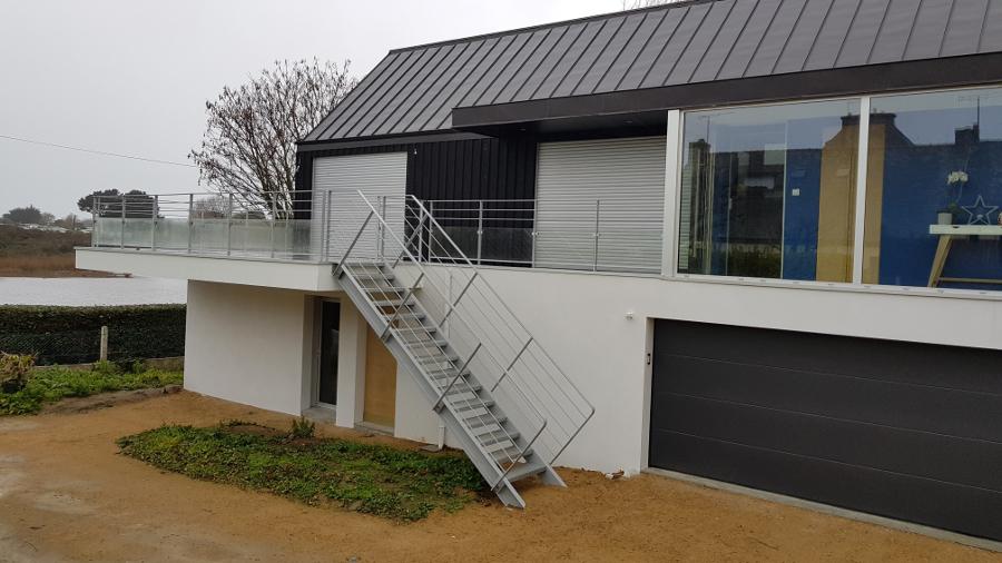 MSM fabrique et pose des escaliers en acier (Finistère et Morbihan).