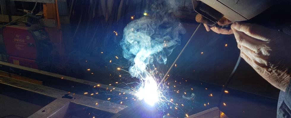 MSM Aluminium et MSM Acier: Nous disposons d'un atelier Alu (principalement pour la fabrication de menuiseries SCHÜCO) et d'un autre ou nous travaillons l'Acier.